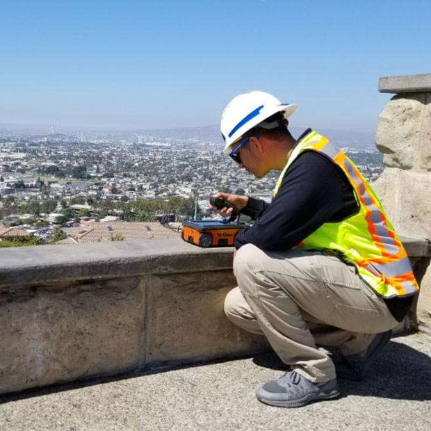 GSSI StructureScan Mini XT for Concrete Inspection