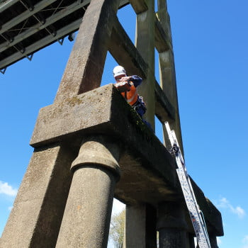 Historic bridge StructureScan Mini XT